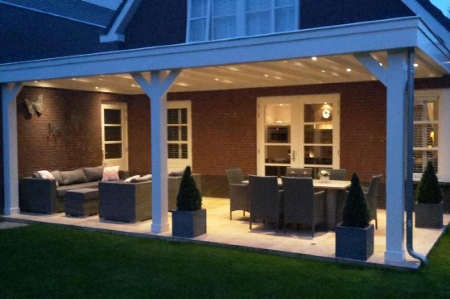 Houten serre veranda carport bouwbedrijf paul for Foto op hout maken eigen huis en tuin