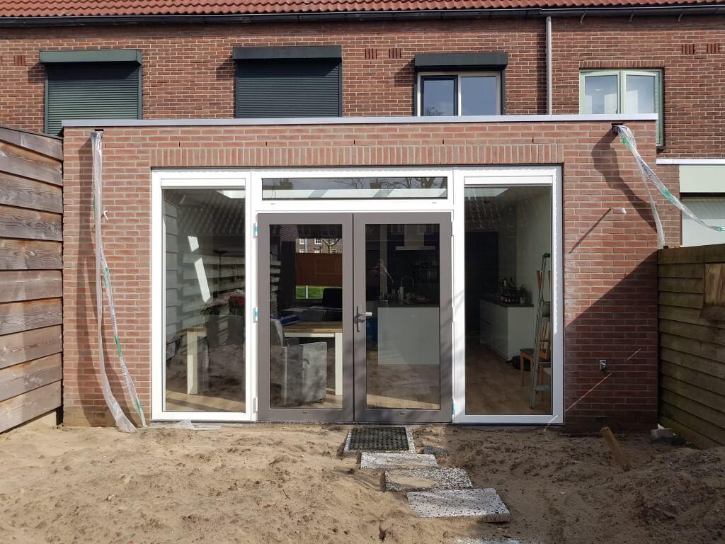 Aanbouw, Nieuwe vloer & Vloerverwarming